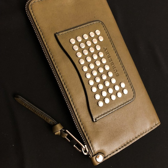 Burberry Handbags - Studded billfold calfskin leather wallet